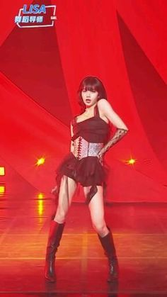 Dance Choreography Videos, Dance Videos, Black Pink Dance Practice, Ariana Grande Tumblr, Blackpink Video, Lisa Blackpink Wallpaper, Black Pink Kpop, Gangsta Girl, Digital Art Girl