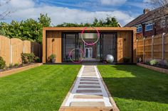 Customer Case Study   Garden Gym for Diva Fitness PT Business Personal Training Studio, Personal Trainer, Small Outdoor Shed, Outdoor Sheds, Garden Gym Ideas, Wooden Summer House, Gym Shed, Backyard Gym, Backyard Landscaping