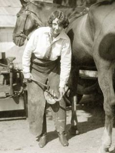 female farrier with horse 1927 awesome! Vintage Pictures, Old Pictures, Old Photos, Cowgirl And Horse, Horse Love, Vintage Cowgirl, Cool Posters, Buy Posters, Women In History