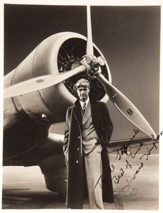 HOWARD HUGHES PHOTO SIGNED - WITH PLANE - 1930,s
