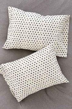 4040 Locust Mele Geo Pillowcase Set