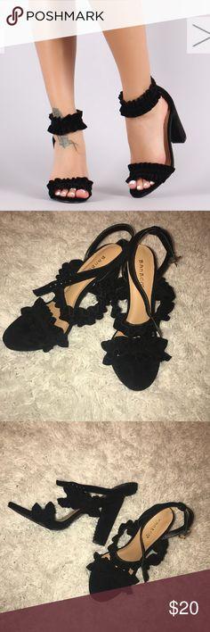 Bamboo Velvet Ruffle trim Black heels 6.5 Brand new Bamboo velvet Ruffle black heels 6.5 Bamboo Shoes Heels