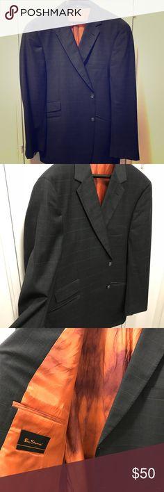Ben Sherman Like New Sport Coat 48 Regular This is a like new Ben Sherman Sport Coat. Dark charcoal grey with burnt orange lining to give it that interesting pop of color. Size 48 Regular Ben Sherman Suits & Blazers Sport Coats & Blazers