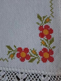 Cross Stitch Pillow, Cross Stitch Art, Cross Stitching, Designer Party Wear Dresses, Hand Embroidery, Diy And Crafts, Birthday Cards, Crochet, Pattern