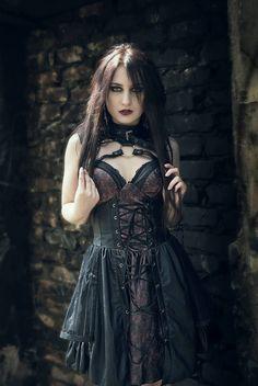 Photo: Sławek Kontek Model/Mua : Martyna Godowska Welcome to Gothic and Amazing |www.gothicandamazing.com