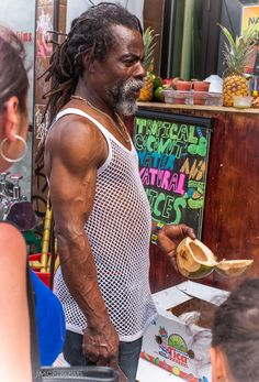 I love seeing people so passionate about their work. Machete and coconut in hand serving up freshness on a hot summer day. Summer Days, Tank Man, Passion, My Love, People, Mens Tops, Photography, My Boo, Fotografie