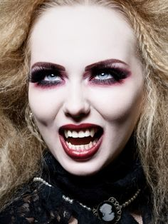 Vampire makeup idea | Halloween Makeup | Pinterest | Vampire ...
