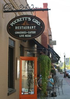 Franklin, TN, Puckett's Grocery and Restaurant