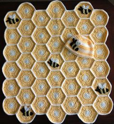 Sweet as Honey Crochet Pattern - find free hexagonal crochet granny square, bee applique and beanie on our site. Granny Square Häkelanleitung, Granny Square Crochet Pattern, Crochet Blanket Patterns, Crochet Granny, Baby Blanket Crochet, Granny Squares, Crochet Afghans, Crochet Blankets, Baby Blankets