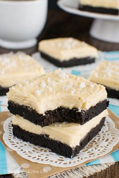Salted Caramel Chocolate Sugar Cookie Bars - these easy chocolate cookie bars…