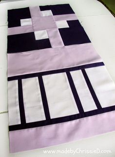 made by ChrissieD: Trapped Square Block Tute - NYC Metro MQG Bee