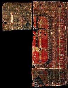 Historical Seljuk / Seljuq rugs and carpets Historical rug fragment with animal design, Azerbaijan (or Turkey). 13th Century. Kircheim Collection