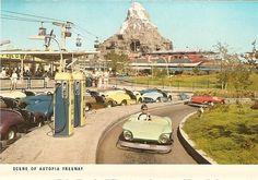 Autopia Disneyland Postcard The Matterhorn was in the background. Disneyland California, Vintage Disneyland, Disneyland Resort, Disneyland Times, Disneyland History, Disney Dream, Disney Love, Disney Magic, Disney Rides