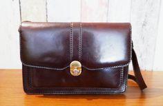Vintage brown leather hand/shoulder bag by BelledeJourVintage