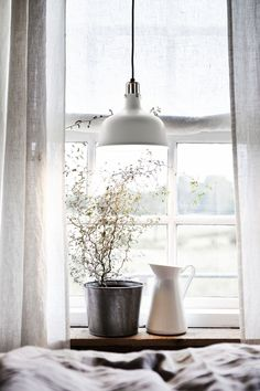 Official Website - IKEA - RANARP, Pendant lamp, off-white, Gives a directed light. Good for lighting dining tables or a bar area. Ikea Socker, Ikea Inspiration, Furniture Inspiration, Ikea Small Bedroom, Small Bedrooms, Cosy Bedroom, Bedroom Ideas, Best Ikea, Cozy Bedroom
