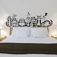 60 + Beautiful Wall Decals Background wall stickers are a kind of good decorative material in wall decoration. It is easy to paste, fast and decorative. Different styl Creative Wall Painting, Wall Painting Decor, Creative Walls, Home Decor Styles, Diy Home Decor, Bedroom Wall, Bedroom Decor, Doodle Wall, Wall Decor Stickers