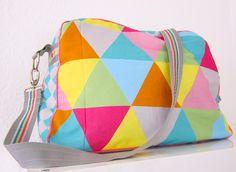 Schnittmuster Wickeltasche farbenmix AllesKönner, farbenmix-Stoff: Bags to love Geometric