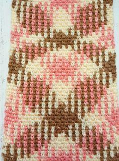 Learn to work Yarn Pooling in Crochet