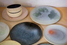 A selection of bowls, plates and platters by Anette Krogstad Plates And Bowls, Teller, Ceramic Artists, Serving Bowls, Decorative Bowls, I Am Awesome, Pottery, Restaurant, Ceramics