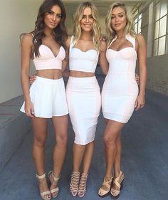 Imagen de blonde, brunette, and skirt