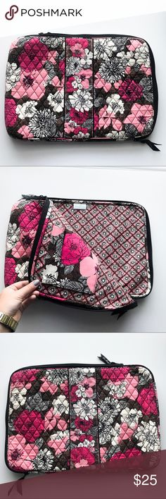 ⚡️SALE⚡️Vera Bradley Laptop Sleeve This beautiful Vera Bradley laptop sleeve comes in a perfect condition. It can fit a 15 or 17 inch laptop 💕 Vera Bradley Accessories Laptop Cases