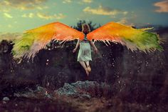 Photographs and Watercolors Merge in Surreal Paintings by Aliza Razell  http://www.thisiscolossal.com/2014/02/photographs-and-watercolors-merge-in-surreal-paintings-by-aliza-razell/