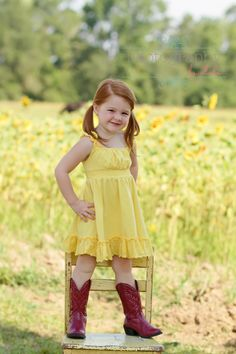 Children's Photography www. Little Girl Pictures, Family Pictures, Photoshoot Inspiration, Photoshoot Ideas, Picture Ideas, Photo Ideas, Kids Shots, Kid Photography, Portrait Ideas
