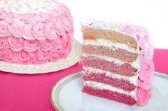 Pink rose cake, scopri la ricetta: http://www.misya.info/2014/01/20/pink-rose-cake.htm