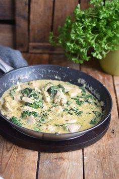 Pasta mit Spinat-Haehnchen-Parmesan-Sauce - Chicken Parmesan Spinach Pasta (7)