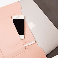 Cute and functional! Blush minimalist folio