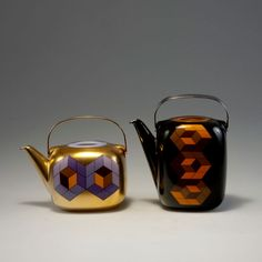 Victor Vasarely; Timo Sarpaneva. 'Suomi' coffeepot and teapot, made by Rosenthal, 1976