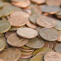How to Hold a Penny War Fundraiser thumbnail Fundraising Companies, Fundraising Activities, Fundraising Events, Fundraiser Food, Church Fundraisers, Volunteer Gifts, Volunteer Appreciation, Appreciation Gifts, Raise Funds