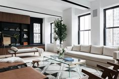 A year of gut renovations yielded this bright, open, highly convertible bachelor pad, space of the week. Tap our bio link now to see more from inside this four-bedroom loft. Living Room Chairs, Home Living Room, Apartment Living, Bedroom Loft, Home Decor Bedroom, Appartement Design, Lounge, Couch, Interior Photography