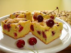 susu: Pandispan cu capsuni/visine Romanian Desserts, Romanian Food, Food Cakes, Fruit Cakes, Soul Food, Cake Recipes, Sweet Treats, Cheesecake, Cherry