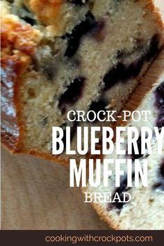 Large blueberries in each bite of this yummy Blueberry Muffin Bread made in the slow cooker. Serve warm with a pat of butter. Crock Pot Desserts, Slow Cooker Desserts, Fall Dessert Recipes, Slow Cooker Recipes, Crockpot Recipes, Crockpot Dishes, Bread Recipes, Cookie Recipes, Crock Pot Bread