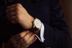 O relógio de pulso é um acessório indispensável para um homem, mas você sabe por quê? Se pararmos para pensar, ele é tão importante quanto uma bolsa é para uma mulher. Talvez você não saiba, mas a pessoa por trás desse artigo de moda é nada mais nada menos que um brasileiro. Sim, um brasileiro.…