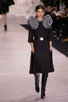 louis vuitton fall/winter 2007 - I'm guessing Sandra Backlund's work!