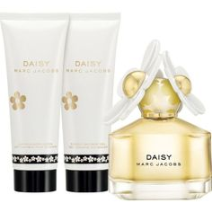 Daisy eau de toilette gift set 50ml ($85) ❤ liked on Polyvore featuring beauty products and gift sets & kits