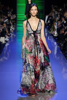 defile-elie-saab-printemps-ete-2016-paris-look-43