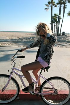 Lucy from Fashion Me Now in Venice Beach by James Wright.