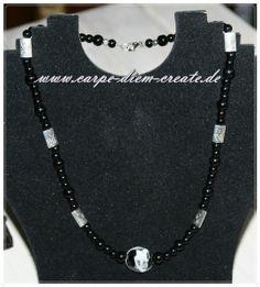 schwarze  Perlen -Kette  von Carpe diem create auf DaWanda.com