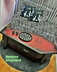 Goth Home Decor, Horror Decor, Gothic Furniture, Sweet Home, Design Inspiration, Coffee Tables, Interior, Living Room, Gothic Home Decor