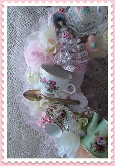 DIY:: Shabby Tea Cup Wreath This link is gone now but I am pinning this for inspiration. I would love to have a wreath like this.