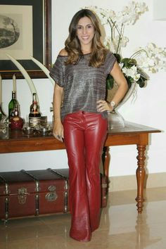 Amateur modeling red leather pants outfit