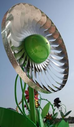 Power flower #WindTurbines: #RenewableEnergy and art