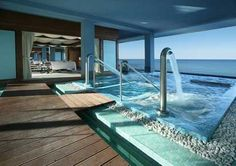 Gran Hotel Lopesan Villa del Conde*****, situado en primera línea del mar