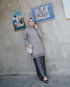 Happy saturday☺️ Attire & skirt by love the detail💎 - Prom Dresses Design Kebaya Modern Hijab, Kebaya Hijab, Kebaya Brokat, Kebaya Muslim, Kebaya Lace, Kebaya Dress, Batik Kebaya, Batik Dress, Batik Fashion