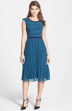 Halogen® Print Sunburst Pleat Dress