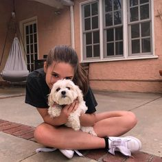I like it, Comments - Lauren Orlando ( . Dog Tumblr, Tumblr Girls, Photos With Dog, Cute Photos, Dance Moms Girls, Instagram Pose, Insta Photo Ideas, Photos Tumblr, Picture Poses