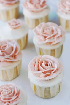 The cupcake dessert trend just got even more appealing. Grapefruit cupcakes with honeyed Italian meringue roses take romance to new delicious heights. Party Desserts, Just Desserts, Cupcakes Flores, Flower Cupcakes, Petal Cupcakes, Wedding Cupcakes, Rose Cupcake, Pink Cupcakes, Honey Cupcakes